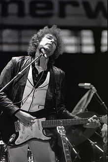 Bob Dylan was one of the biggest influences on Smith's musical career