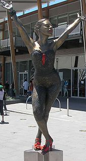 Bronze statue of Kylie Minogue at Waterfront City, Melbourne Docklands.
