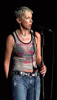 Annie Lennox on stage in 2004