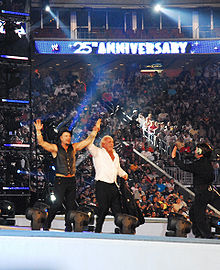 Rourke with Ric Flair at WrestleMania XXV.