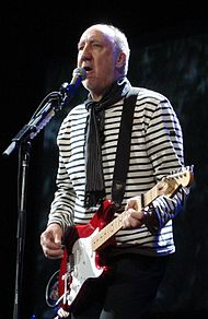 Pete Townshend in concert, 2008.