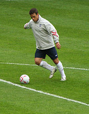 Williams warming up for the 2006 edition of Soccer Aid