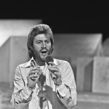 Gibb performing on Dutch television programme TopPop in 1973