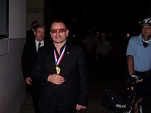 Bono after accepting the Philadelphia Liberty Medal on 27 September 2007.