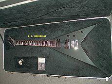A KV1, same model played by Mustaine before the Y2KV was created.