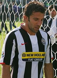 Del Piero during the 2007–08 season against Fiorentina.
