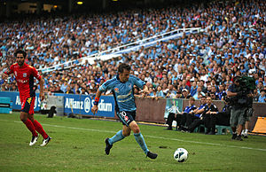 Del Piero playing for Sydney in 2013